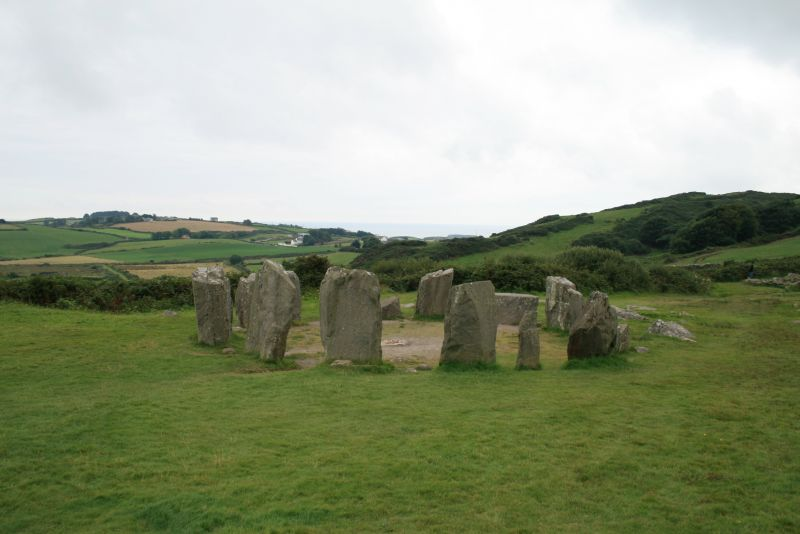 how to get to drombeg stone circle